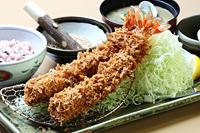 ビック海老フライ定食〈大海老2本〉