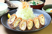 水郷赤鶏チーズロール定食